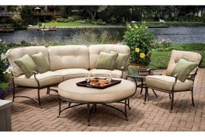 Five Important Questions You Should Ask Before Choosing Outdoor Furniture