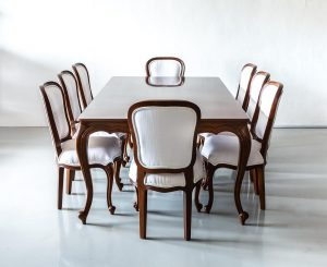 Right kind of dining set Singapore